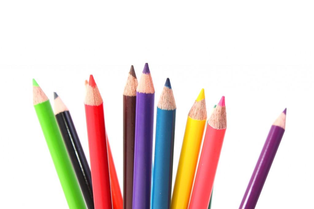 https://www.mistercomparador.com/noticias/wp-content/uploads/2014/06/stockvault-multicolor-crayons127750-1024x682.jpg