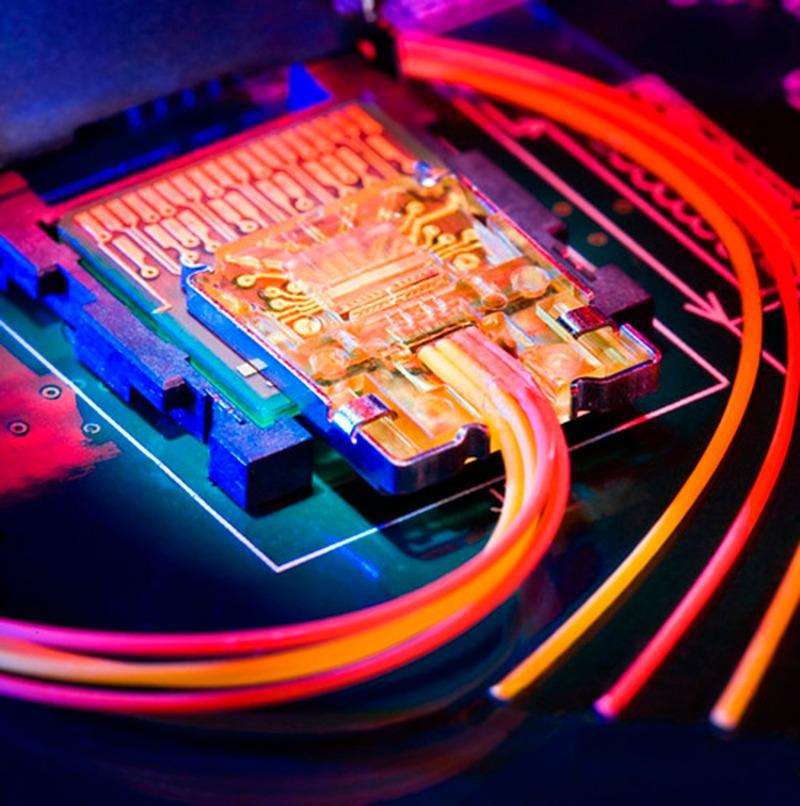 5 razones por las que debes cambiarte a fibra óptica, ¿a qué esperas?