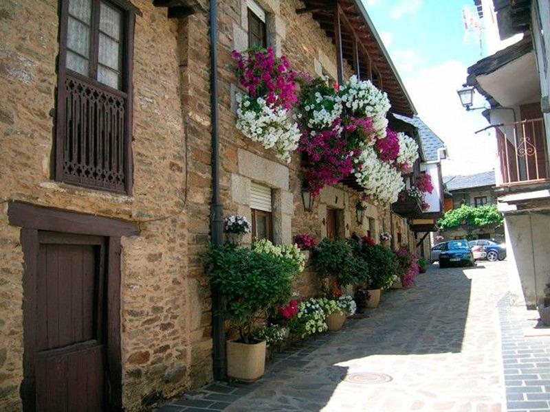 12 pueblos con encanto de espa a para una escapada - Casas con encanto galicia ...