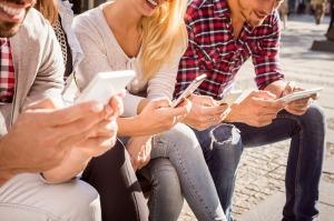 ¿Cómo usan los jóvenes el móvil y las redes sociales?
