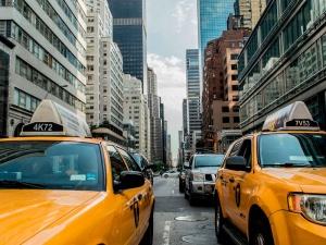 Moverte en la ciudad: apps para utilizar taxis