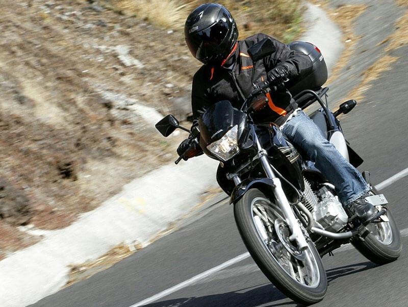 Cómo elegir un buen seguro de moto