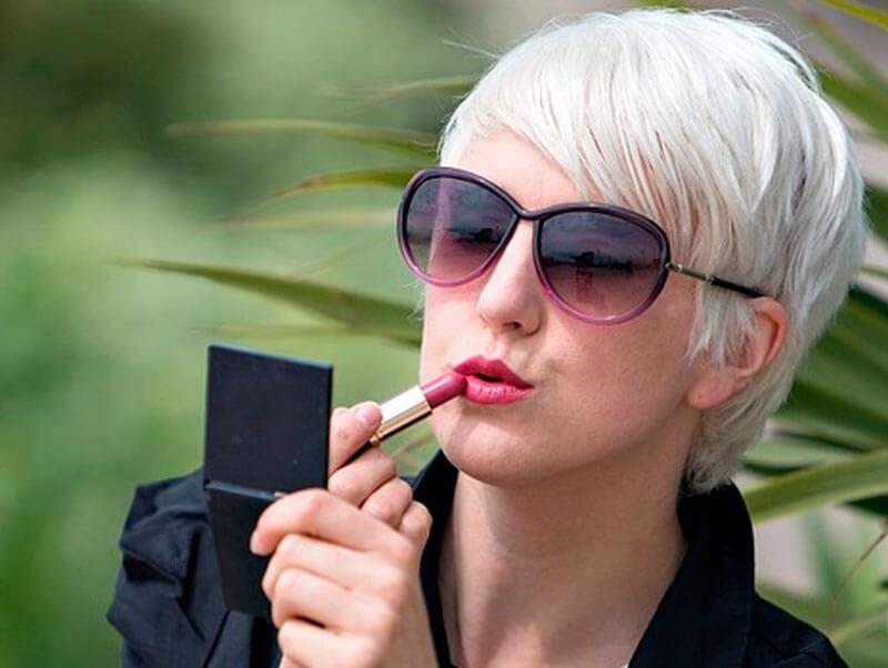 Memomi: el espejo mágico que te ayudará a ir a la moda sin la necesidad de probarte la ropa