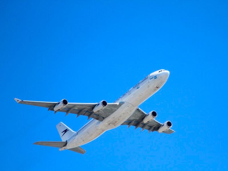 Cuál es el mejor momento para reservar viajes en avión