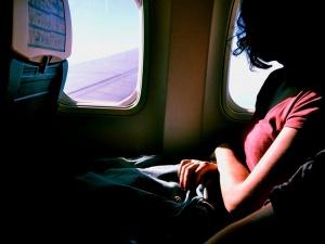 Consejos para hacer más llevadero tu viaje en avión