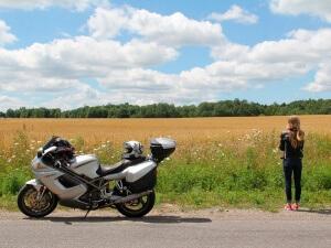 Consejos para tu primer viaje de larga distancia en moto