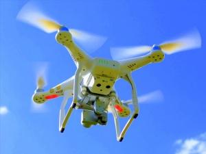 Regala tecnología, regala juguetes con drones