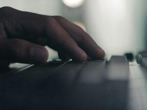 Descubre el teclado virtual láser para tu móvil