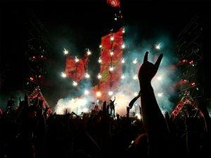 Celebra el día Mundial del Rock: ¡compra tus entradas para el festival Hatortxu Rock!