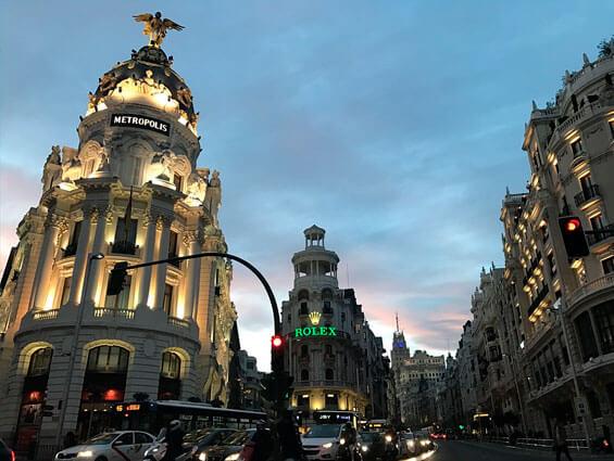 ¡Aprovecha la bajada del IVA y compra entradas para disfrutar del arte en Madrid!