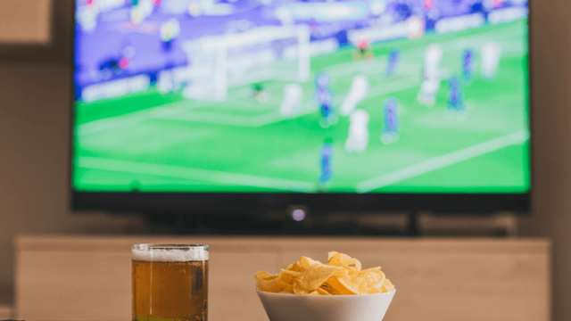 https://www.mistercomparador.com/noticias/wp-content/uploads/2018/04/ofertas-de-tv-con-futbol-640x360.png