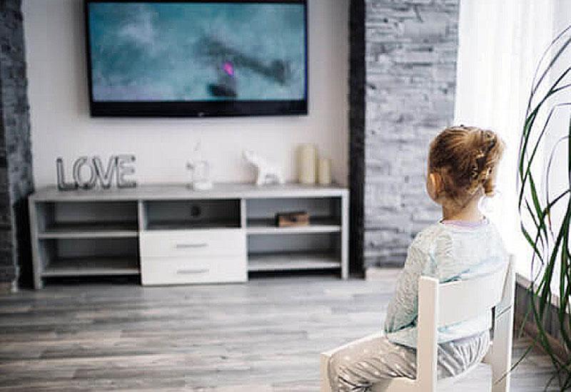 ¿Qué operadores tienen canales 4K en su televisión?